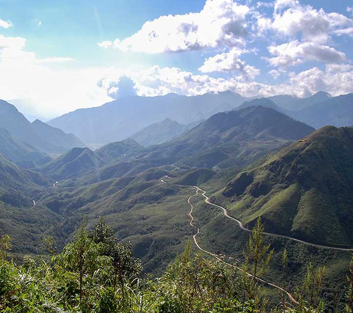 8 days trek Through Hoang Lien National Park to Lao Cai